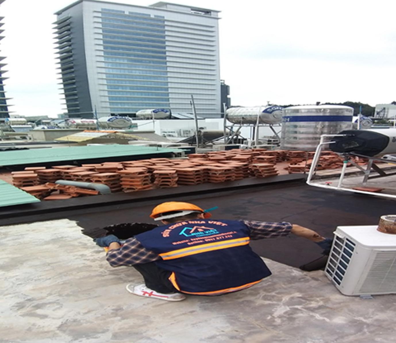 chong dot ban cong san thuong 3 - Chống thấm ban công sân thượng uy tín tại TPHCM
