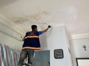 chống thấm trần nhà thạch cao