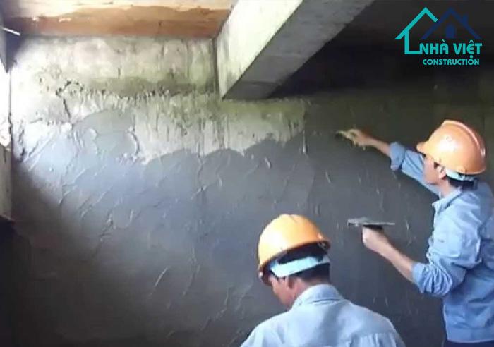 chong tham tuong nha - 11 hạng mục sửa chữa nhà phố biến hiện nay