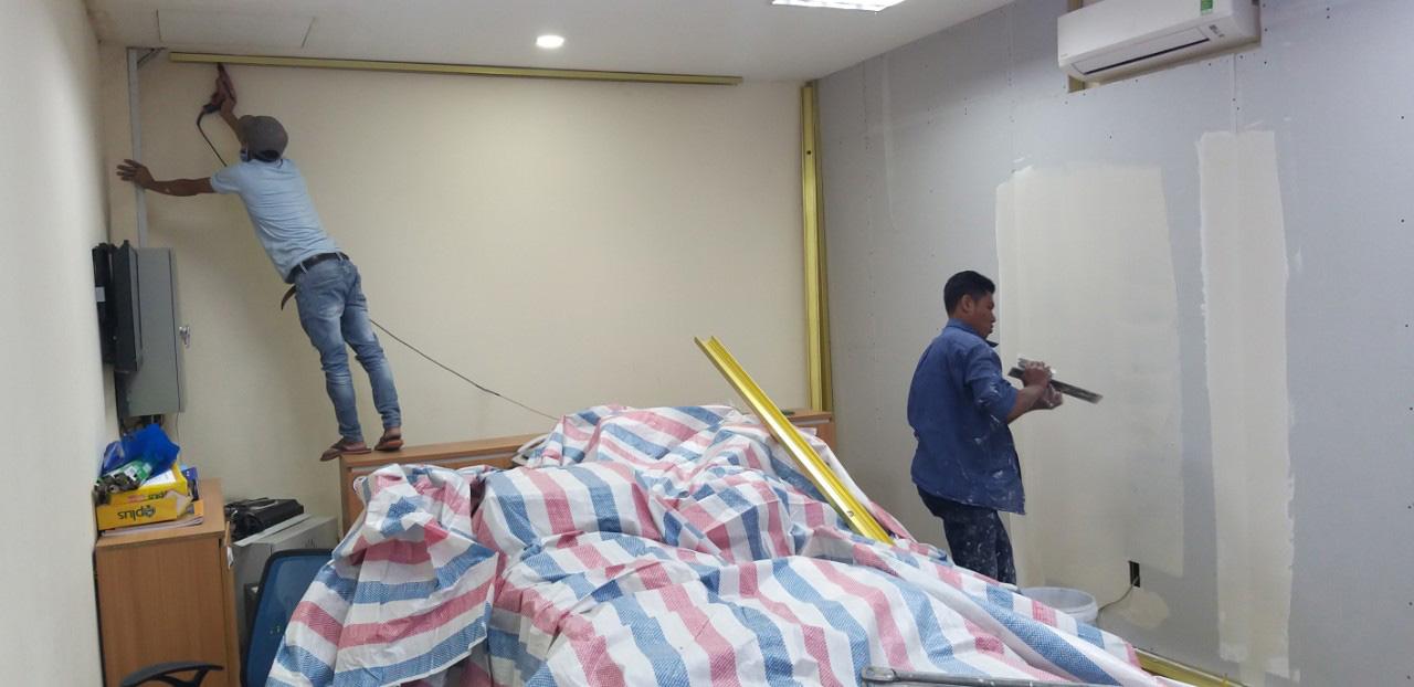 sua chua showroom cua hang 1 - Thi công sơn nước nội ngoại thất