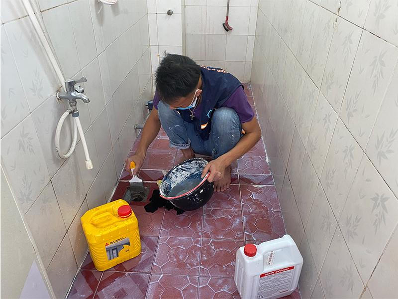 chong tham nha ve sinh bang hop chat sika 2 - 3 vật liệu chống thấm nhà vệ sinh tốt nhất, đảm bảo hết thấm