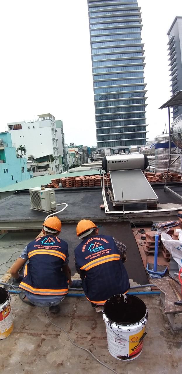 chong tham san thuong nhua duong - 5 Vật liệu chống thấm sân thượng tốt nhất đảm bảo chất lượng hiện nay