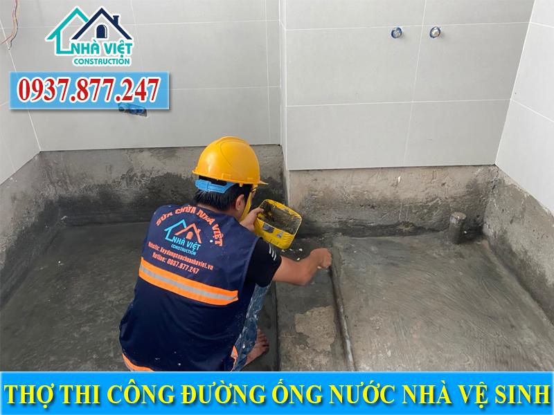 chong tham tran nha ve sinh 4 2 - Chống thấm trần nhà vệ sinh uy tín giá rẻ tại TPHCM