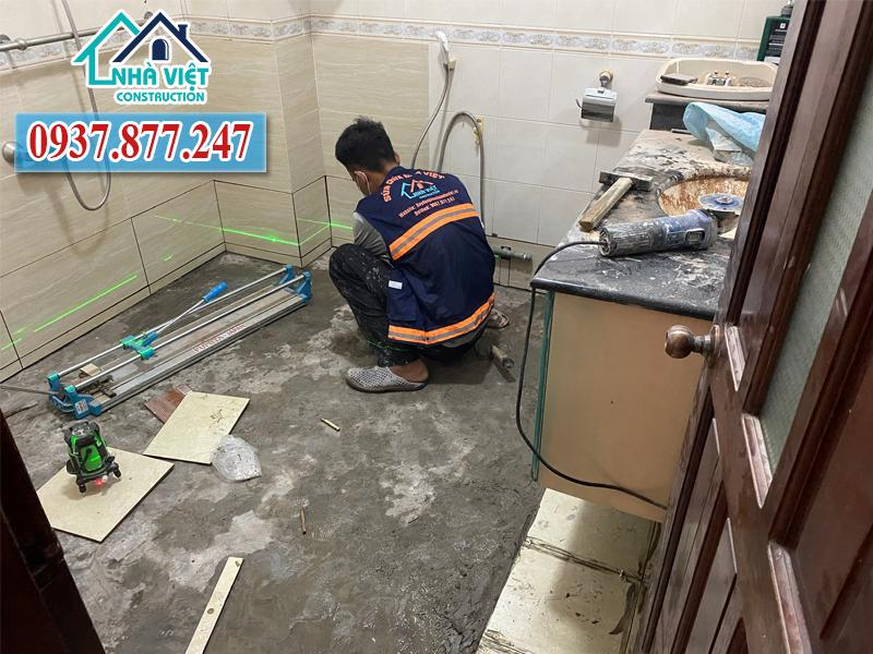 dich vu chong tham nha ve sinh 24h 8 1 - Dịch vụ chống thấm nhà vệ sinh 24h uy tín tại TP HCM