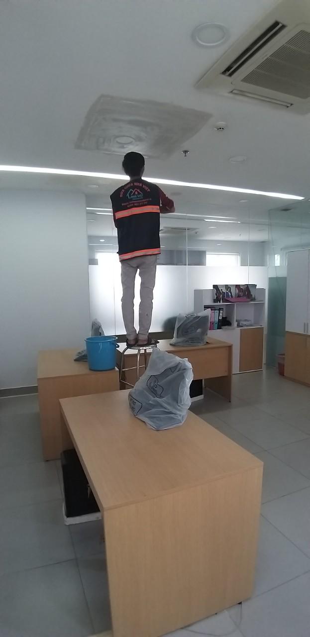 sua chua van phong tai tphcm 2 - Sửa chữa văn phòng tại TP HCM chuyên nghiệp, chất lượng