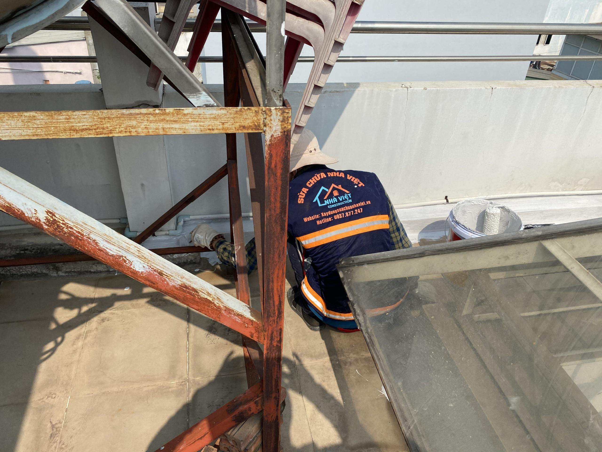 vat lieu chong tham san thuong 9 - 5 Vật liệu chống thấm sân thượng tốt nhất đảm bảo chất lượng hiện nay