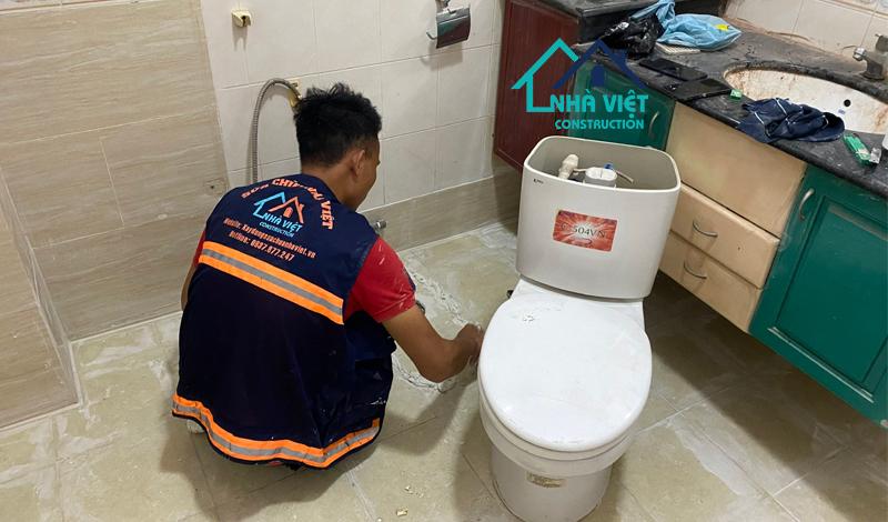 nha ve sinh chung cu xuong cap - Sửa chữa căn hộ chung cư TP Hồ Chí Minh trọn gói từ A-Z UY TÍN