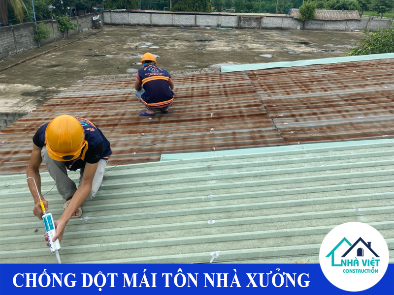 chong dot mai ton nha xuong uy tin 1 2 - Chống dột mái tôn nhà xưởng uy tín giá rẻ tại TPHCM