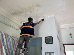 chong tham tran nha tp ho chi minh 8 300x225 - Chống thấm trần nhà TP Hồ Chí Minh trọn gói giá rẻ