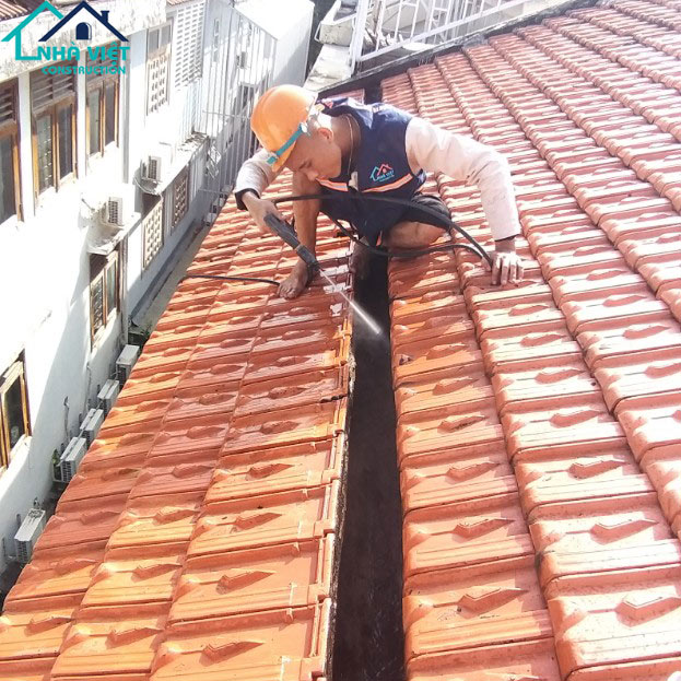 chong tham mang xoi tai quan 7 - Sửa nhà phố tại quận 7 TPHCM – công trình nhà Chị Hương