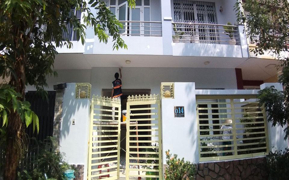 thi cong son nuoc tai quan 7 - Sửa nhà phố tại quận 7 TPHCM – công trình nhà Chị Hương